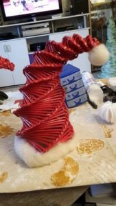 weihnachtsmuetze-papierroellchen