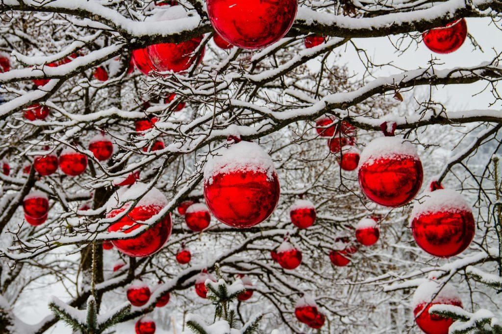 Basteln Christbaumkugeln.Basteln Mit Christbaumkugeln Weihnachtsdekobasteln